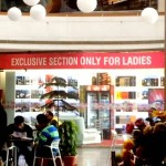 Women's Only Liquor Shop Opened in Delhi Attracts Much Attention in Social Media